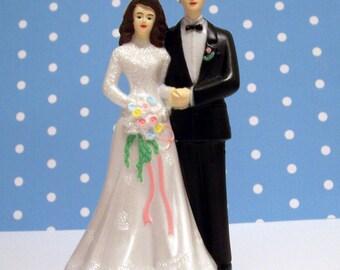 Modern Vintage Bride and Groom Cake Topper DIY