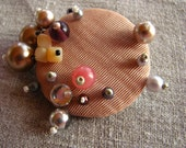 Louise - textile brooch