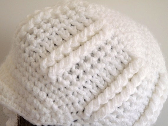 Crochet Newsboy Hat in White for Teens and Women