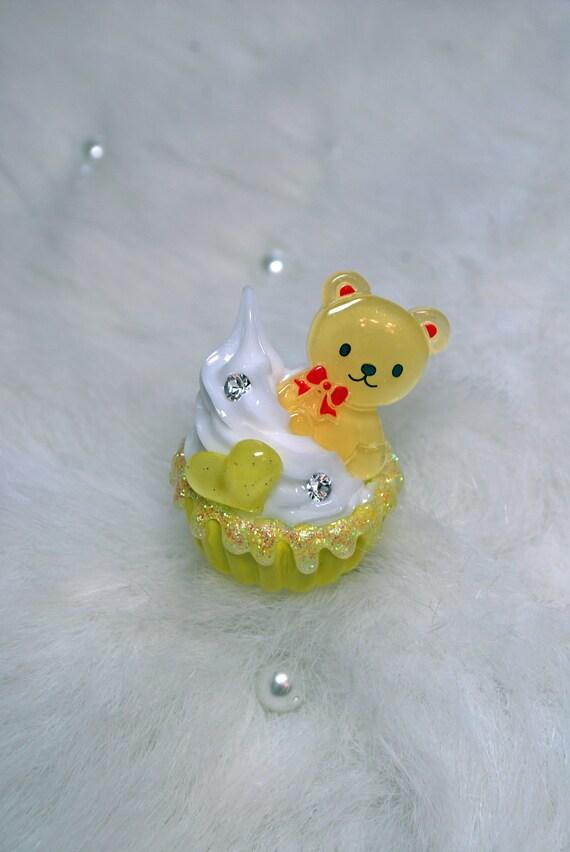 Yellow Bear Heart Sparkle Cupcake Ring