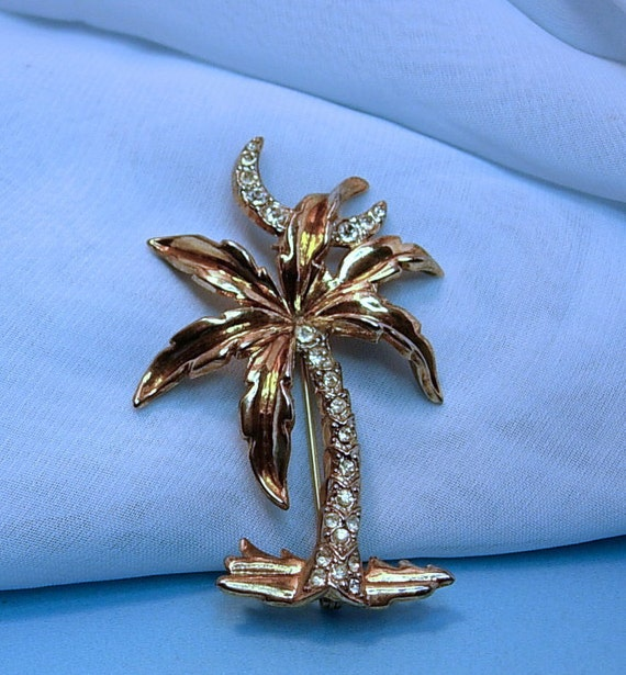 Crown Trifari Palm Tree Brooch with Crescent Moon - A.Phillipe
