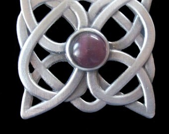 BR-03P Celtic Knot Brooch with Purple Cachabon