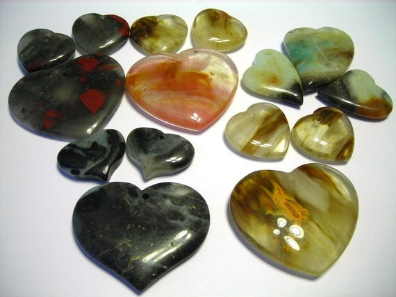 Buy 1 get 2 free pendant and earring HEART sets wow such a smokin deal you get 9 stones total