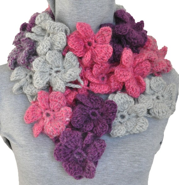 PUFFY FLOWERS - Crochet Multicolor Puffy Flowers Scarf