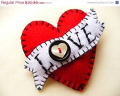 ES429B/054 -  Hot Red LOVE Heart Shape Handmade Felt Brooch For Your Love One - Made to order