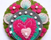 FB074 -  Heart to Heart -  Handmade Mini Felt Brooch - Olive and Fuchsia - Made to order