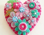 FB057 - Japanese Art Inspired Heart Shape Felt Brooch - Fuchsia