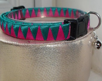 Hot Pink Cat Collar with Green contrast