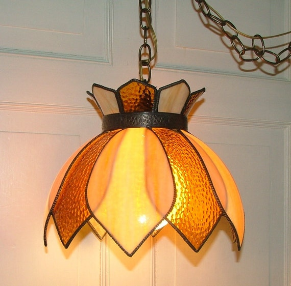 swag light shade stained glass petal shape lighting fixture gold amber. Black Bedroom Furniture Sets. Home Design Ideas