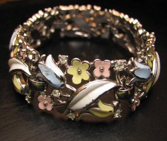 Early Vintage Trifari Bracelet with Enameled Flowers and Rhinestones