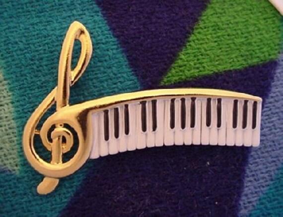 Vintage PIANO Keys Pin AJC goldtone Treble Clef