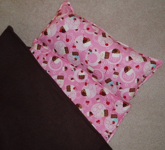 Nap Mats, Great for Daycare, Preschool or Kindergarten.Girls,  Personalized Free. Tossed Cupcakes ,  Padded