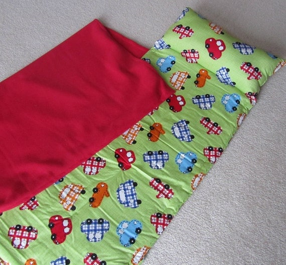 Nap mat for boy for daycare, preschool or kindergarten. Personalized free. Cute cars