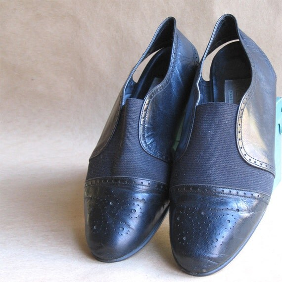 Vintage 1980's Black Leather With Elastic Vamp Shoes