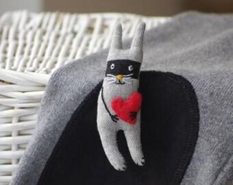 Bunny bandit. Brooch
