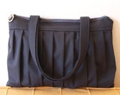 Luna - Pleated Bag in Dark Grey
