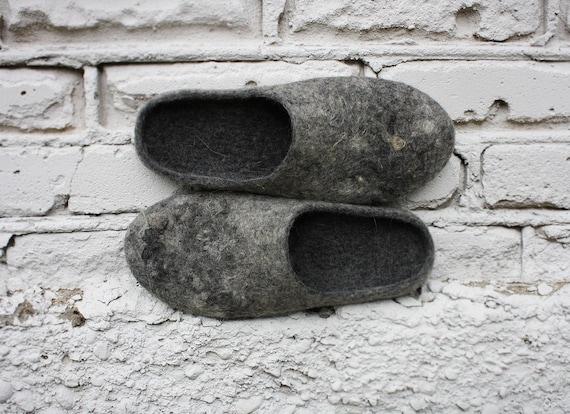 eco elegant grey / felted slippers/ Women's size Euro 40-41 US 10