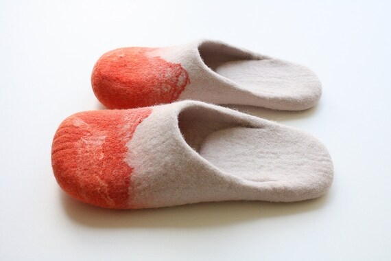 "Amazone mountains"" Felted wool slippers in women's size US 8,5 - 9 Ready to ship"