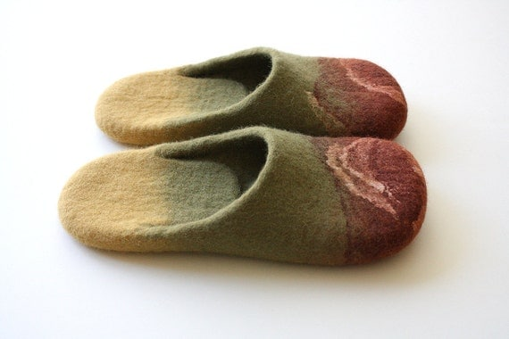 "Assorted"" Felted wool slippers in olive green, olive red and mustard colors. HANDMADE TO ORDER"