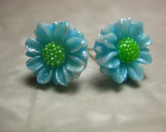 Daisy Studs -  Vintage Mid-Century Japanese Hand-Painted Blue Daisy Stud Earrings