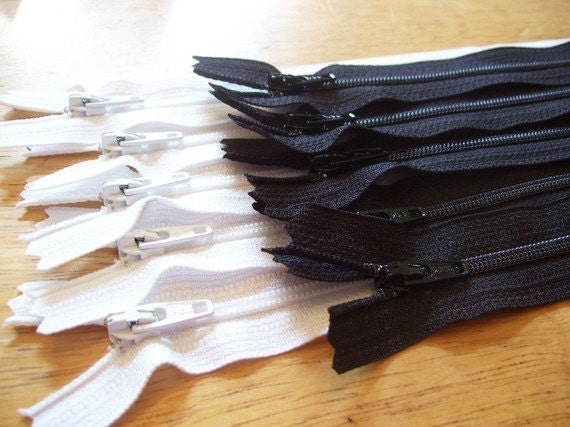 5 Black and 5 white 10 inch YKK zippers - zebra lot.