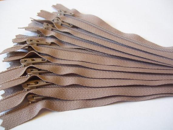 20 inch zippers - 10 tan 20 inch zippers - YKK color 810