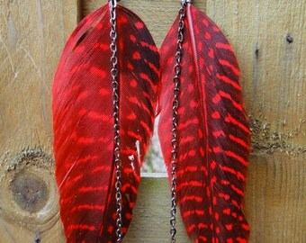 Single Red Spotted Feather Earring with Gun Metal Chain
