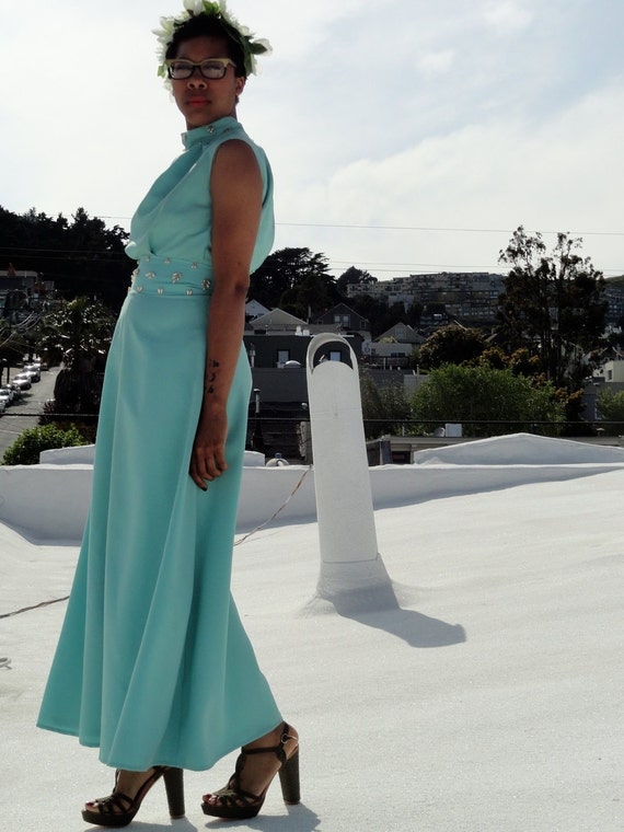 Vintage 1960's Teal and Faux Pearl Housewife Hostess Sleeveless Long Formal Party Cocktail Dress