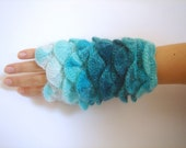 Multi color Turquoise yarn Fingerless