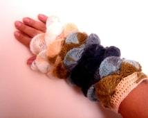 Citrine Harvest Gray indigo yarn Fingerless gloves