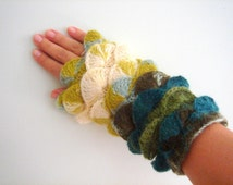 Aquamarine Blue Woodbine golden glow yarn Fingerless Mittens Gloves