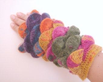 Fall Season Multi color Purple Gray white yarn Fingerless
