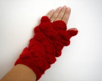 Red yarn Fingerless Mittens Gloves