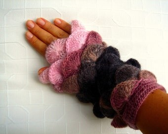Multi color Pink Brown Chocolate yarn Fingerless Mittens Gloves