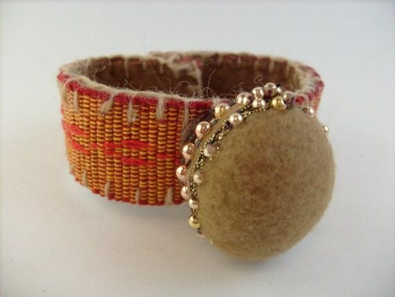 Handmade Wrist Pincushion, Beige II, Flapper Hat Style, Pinkeep 7.5 inch
