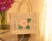Basket purse with pink flower Palm