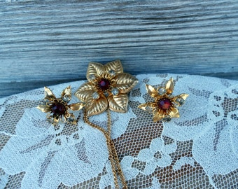 Vintage Flower necklace and Earrings Red Rhinestones