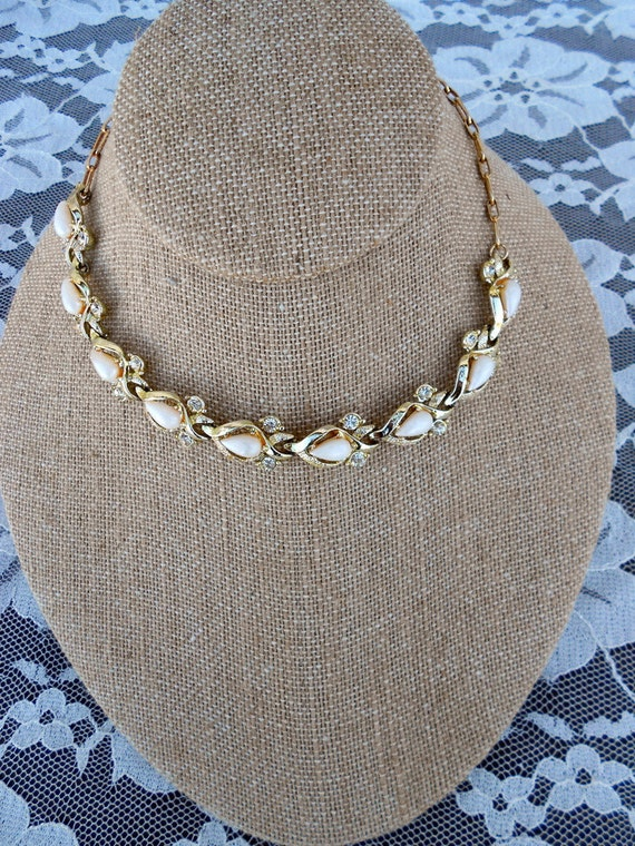 Vintage Choker necklace Pearls and Rhinestones