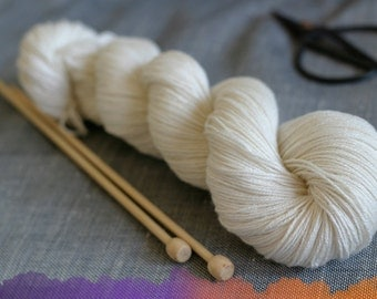 Undyed Yarn, Merino Bamboo Silk Nylon Sock Luxury - 100g