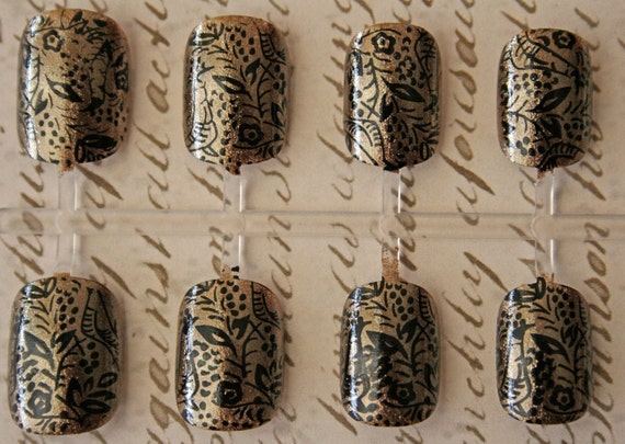 Japanese Nail Art- Medieval Tapestry (Antique Gold with Black Detail)
