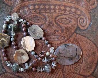 MYSTIC WARRIOR Necklace (Agate, Moonstone, Quartz, Copper)