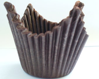 Brown Muffin Cases with Points - Crimped Paper Muffin Cases - 50 in pack