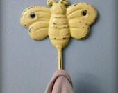 bumble bee wall hook