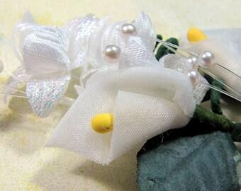 Organza and Fabric Calla Lily Vine