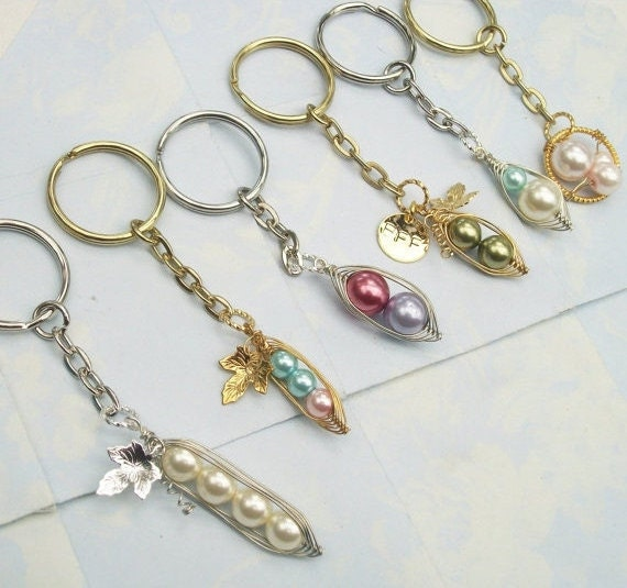 Peas in a Pod Keychain - Choose your Style, Pearl Color and Metal Color - 2,3, or 4 peas