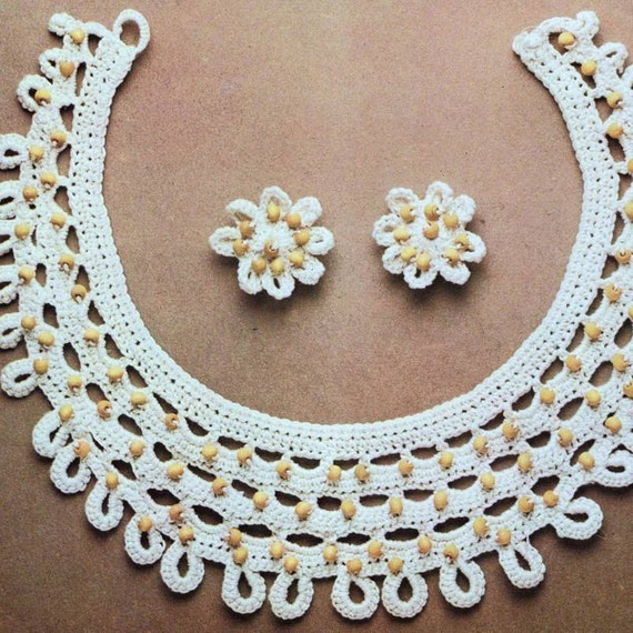 INSTANT DOWNLOAD PDF Vintage Crochet Pattern    Beaded Daisy Necklace and Earrings  Retro