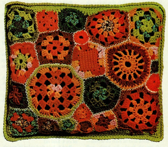 Vintage Crochet Pattern    Patchwork Granny Squares Cushion Pillow Cover   INSTANT DOWNLOAD PDF Retro