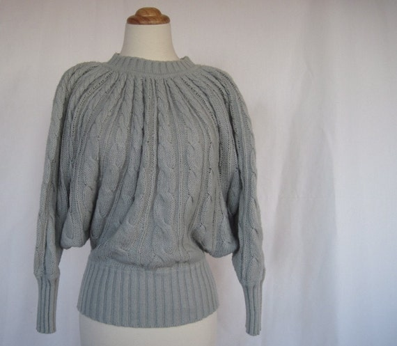 Vintage 80s Dove Gray Bat Wing Sleeve Cable Knit Sweater
