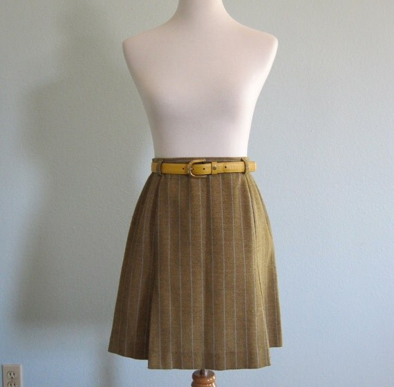 LAST CHANCE CLEARANCE Vintage 60s Skirt - Moss Green Herringbone Mini by Miss Pat S M