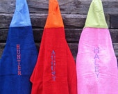 Personalized HOODED Towels - Set of 3 - Choose your Colors - Modern Hooded Towel - New Baby Gift - Bath Towel - Funky Hooded Towel